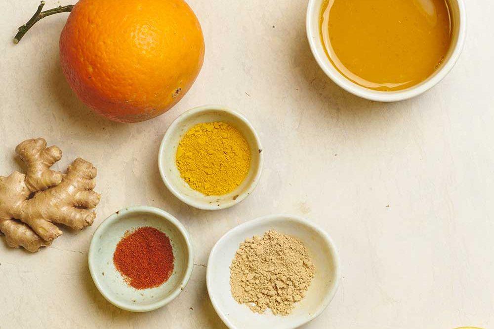Zitronen-Orangen-Ingwer-Kurkuma Shot
